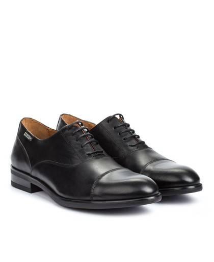 Zapatos para hombre en color negro Caracteristicas con cordones tacon 3 cm zapato de vestir suela de goma termoplastica exterio