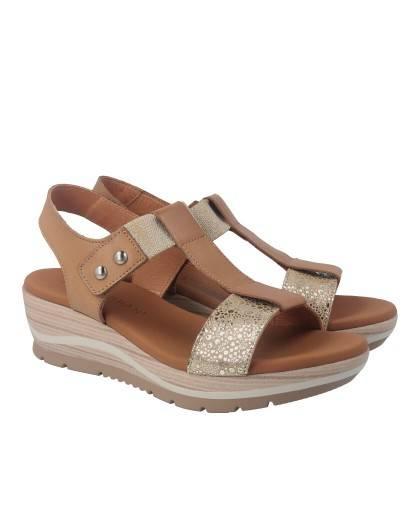 Sandalias para mujer en color camel Caracteristicas con cierre de velcro cuna 4 cm zapato de estilo casual suela de goma termop