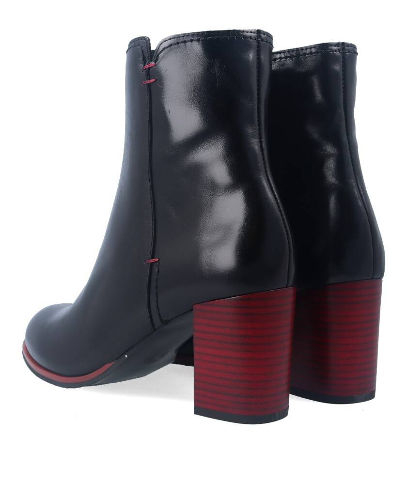 sale of Alma de Candela 295 leather ankle boots
