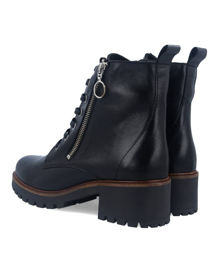 sale of Tambi Arroyo Ankle Boots