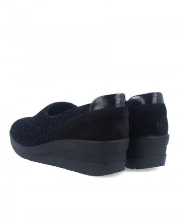 Zapatos casual sin cordones para mujer con print de leopardo negro Imac 406290