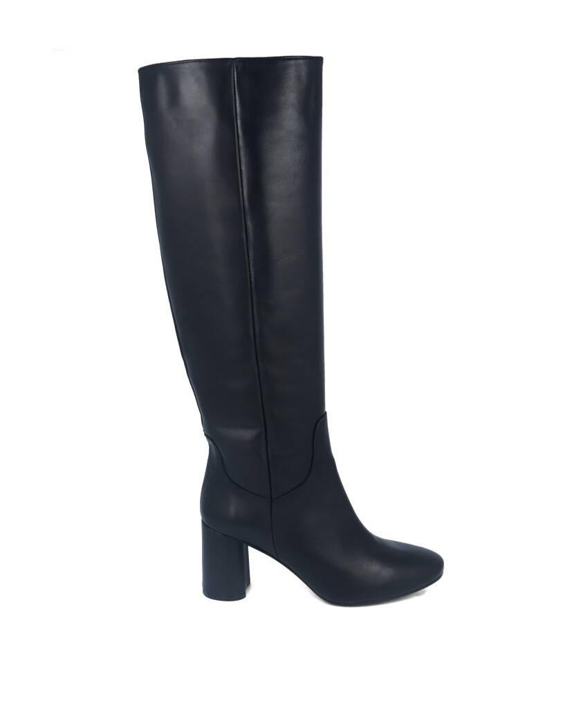 Botas para mujer en color negro Caracteristicas sin cierre tacon 7 cm zapato de vestir suela de goma termoplastica exterior pie
