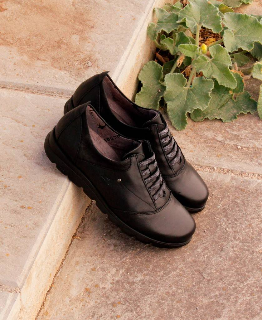 Zapatos negros Fluchos Susan F0354
