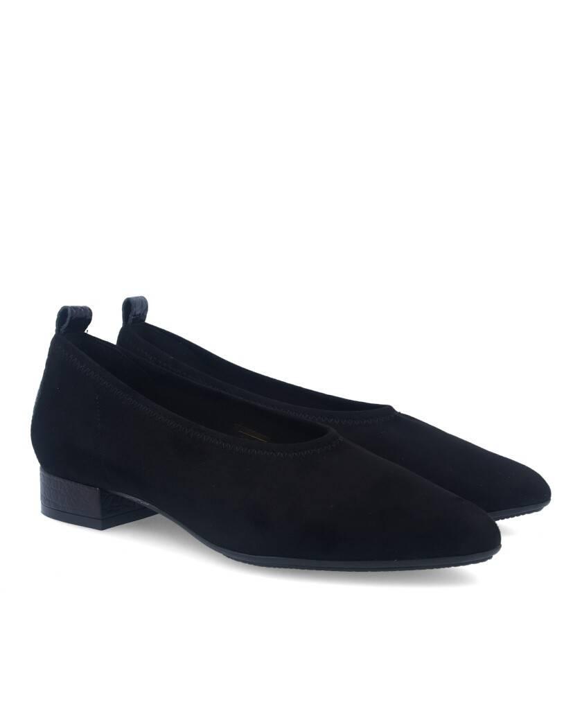 Zapatos para mujer en color negro Caracteristicas tacon 2 cm zapato de estilo casual suela de goma termoplastica exterior antel