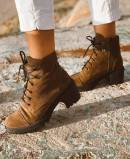 Taupe suede leather ankle boot Funny Lola 3250