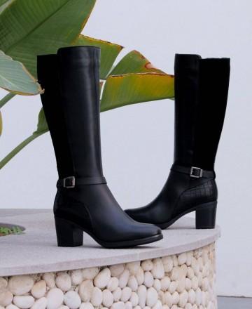Botas altas de piel Paula Urban 6-392