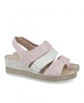 Pitillos 6233 low wedge sandals