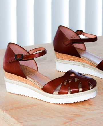 Porronet Virginia 2633 Closed Toe Sandals