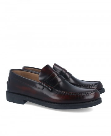 Burgundy Catchalot 5015 loafers