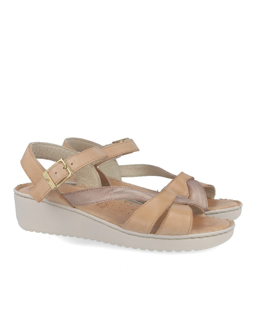 Women's sandals with cushioned insole Traveris 4626-96