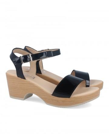 Women's sandals with wide heel Kissia 736