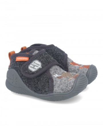 Biomecanics 201170-B comfortable kids shoes