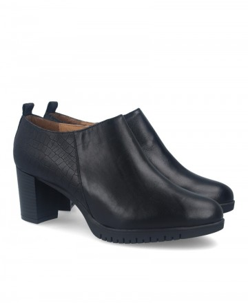 Black leather ankle boot Traveris 35/149 GS