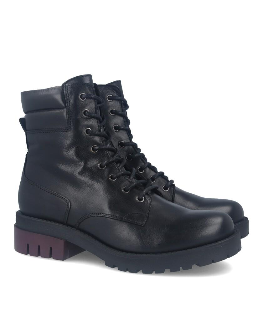 Boot with padded collar Traveris IB-2081