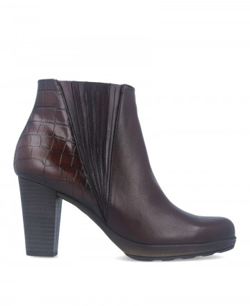 Brown leather ankle boots Dorking Reina D8305