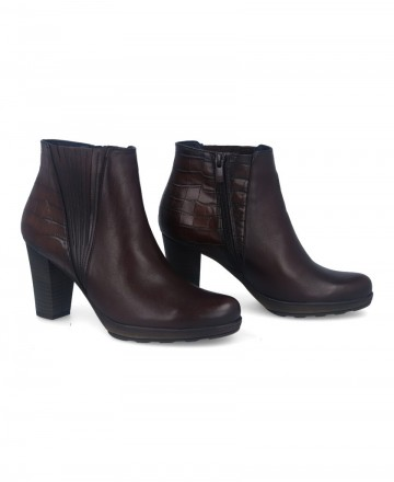 Catchalot Brown leather ankle boots Dorking Reina D8305