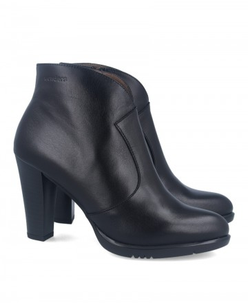 Wonders M-4603 high leather ankle boots