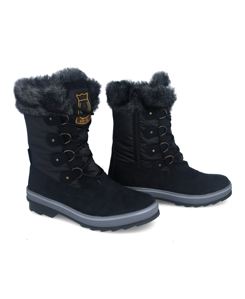 Waterproof boots with fur
