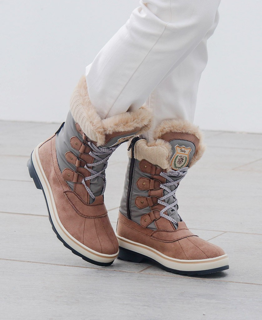 Sale of eskimo snow boots