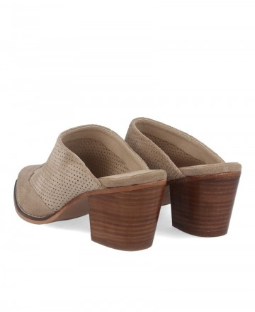 Woman's clogs in taupe leather Kissia 420