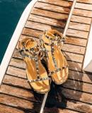 Alma en Pena AP-388 studded sandal