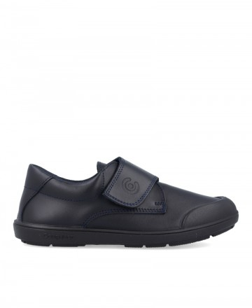 28002 closed school shoes
