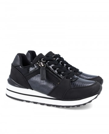Sneakers negras para mujer XTI 43009