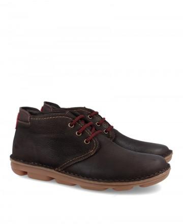 Zapato abotinado sostenible On Foot 7040